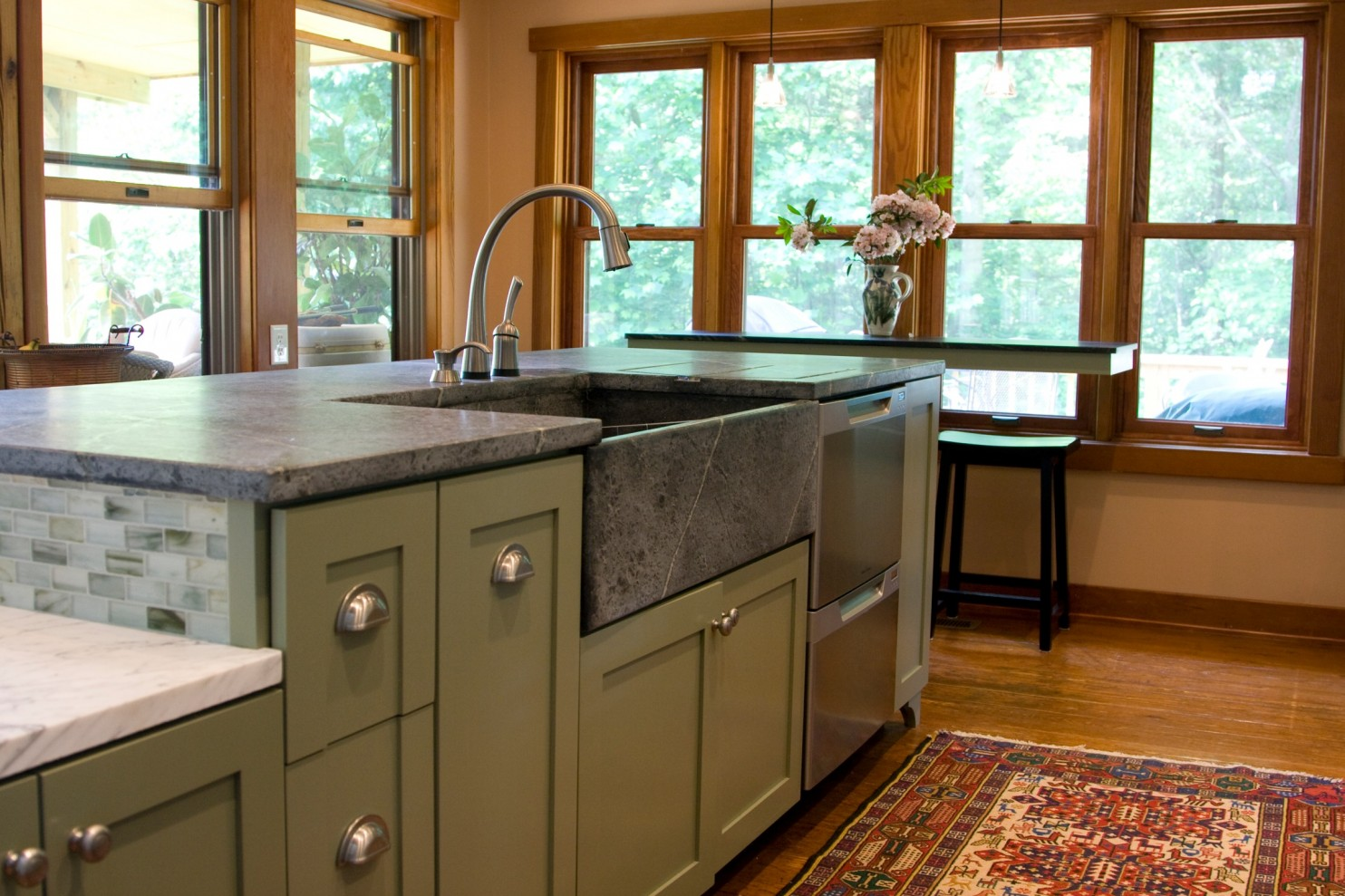 use Lowes or Home Depot for your granite countertops Quality Stone ...